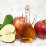 điều trị viêm mũi dị ứng bằng dấm táo