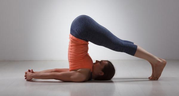 ho-tro-dieu-tri-viem-xoang-man-tinh-bang-4-bai-tap-yoga